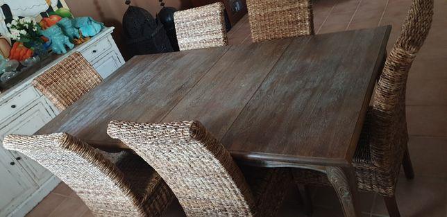 Mesa de jantar madeira nórdica com 6 cadeiras ratan