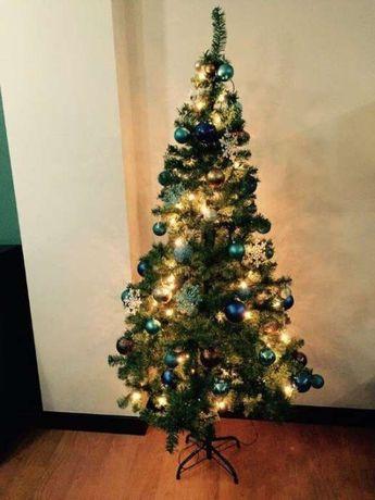 Arvore de Natal c/ Acessorios de decoração
