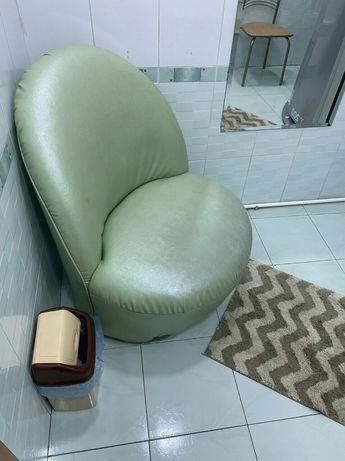 Кресло для салона или парикмахерской