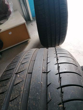 2 pneus 275 55/R19 Michelin