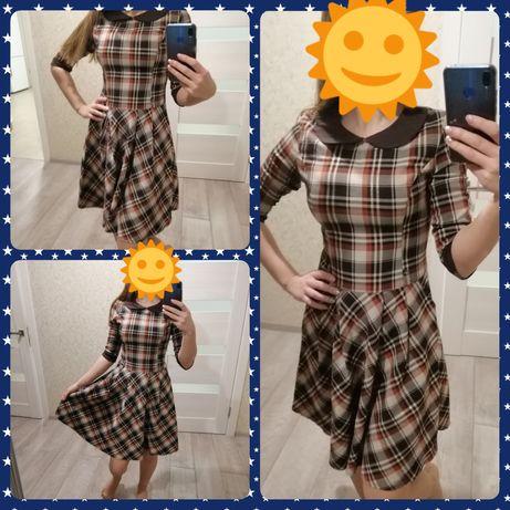 Клетчатое платье. Платье в клетку. Деловое платье. Платье теплое