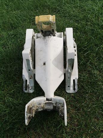 Mocowanie zawieszenie silnika zaburtowego suzuki dt60 do pawęży