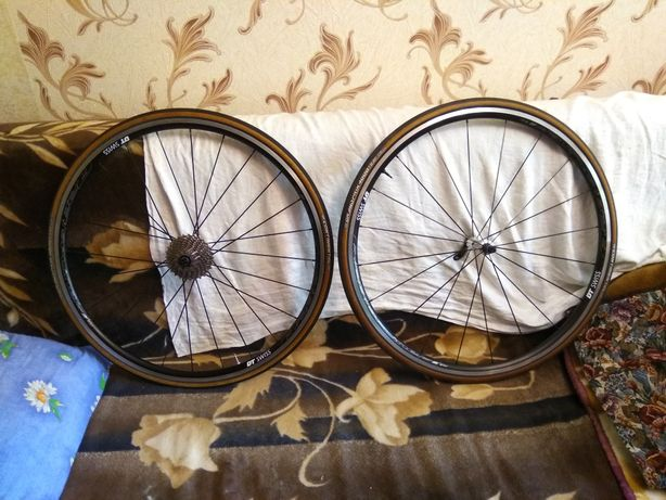 Шоссейный вилсет колеса dt swiss r23 spline Как новый