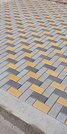 Укладка тротуарной плитки,кафеля.