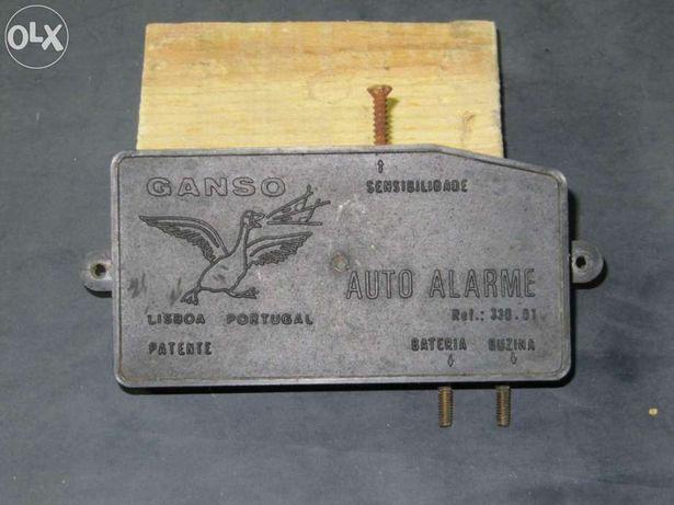 Alarme antigo para automóvel (ganso)
