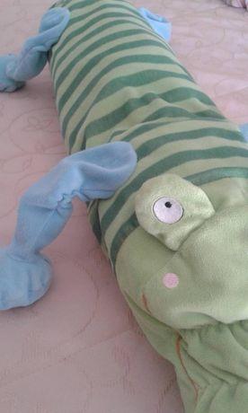 """Peluche travesseiro crocodilo quarto bebé do """"Ikea"""" - Oferta portes"""