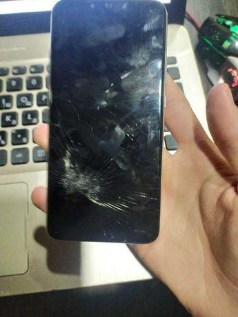 Huawei P Smart Plus (треснут дисплей)