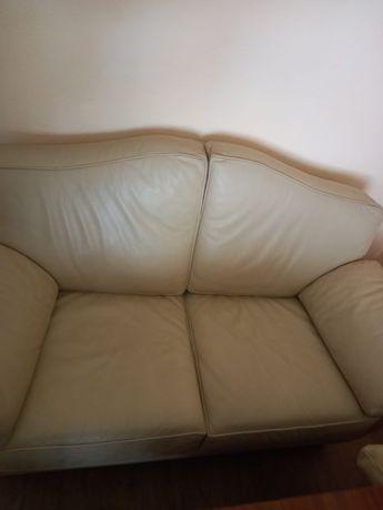 Шкіряні дивани італійського виробництва