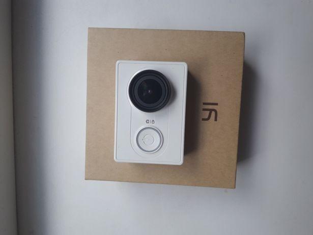 Экшн-камера action camera XIAOMI YI + все к ней