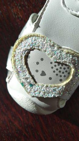 Босоножки,сандали,кроссовки  Gong Holf девочке