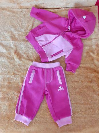 Спортивный костюм на 0-3 месяца
