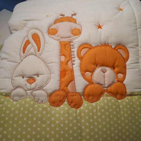 Edredon para cama de bebé