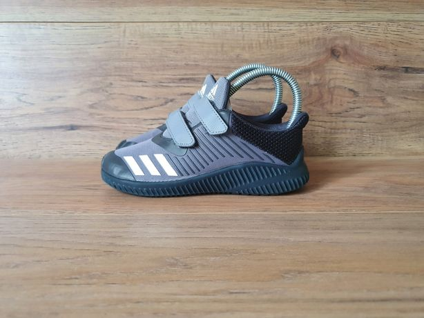 Adidas 31 nike reebok
