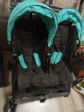 Продам прогулочную коляску-трость для двойни Britax Holiday