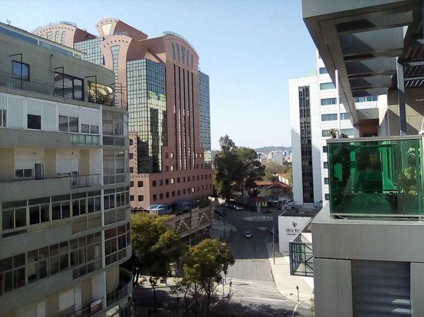 Consultório 120 m2 AV JÚLIO DINIS, Campo Pequeno, Lisboa