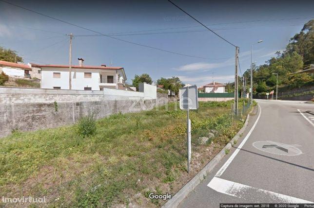 Lote de Terreno Urbano para Arrendamento em Moimenta, Terras de Bouro