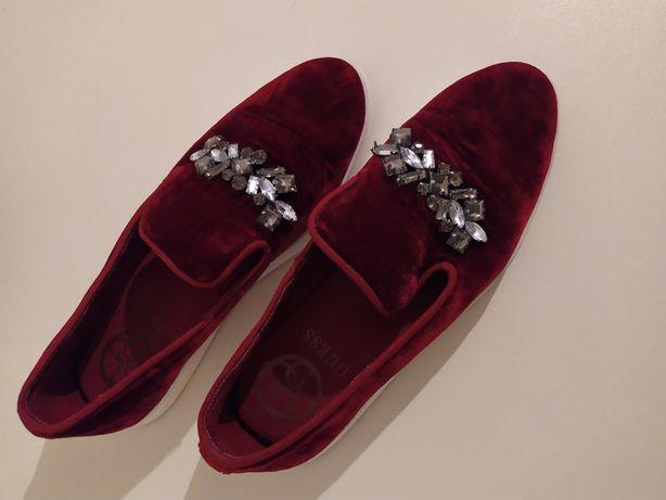 Guess Gucci Італія лофери лоферы балетки туфли туфлі