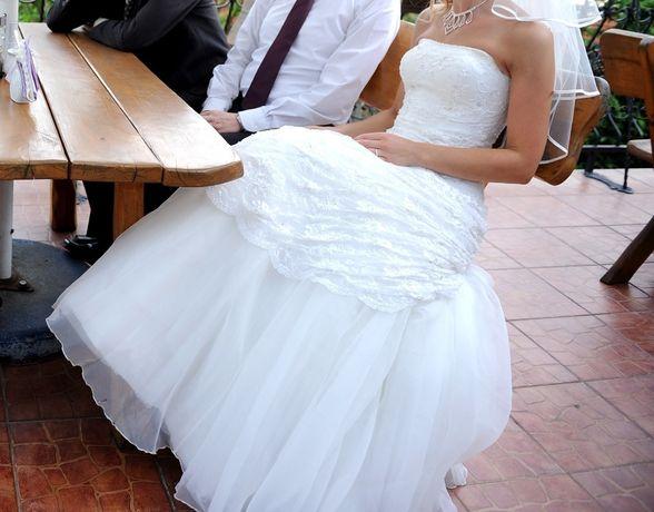 Suknia ślubna rozmiar 38 i GRATISY: welon bolerko