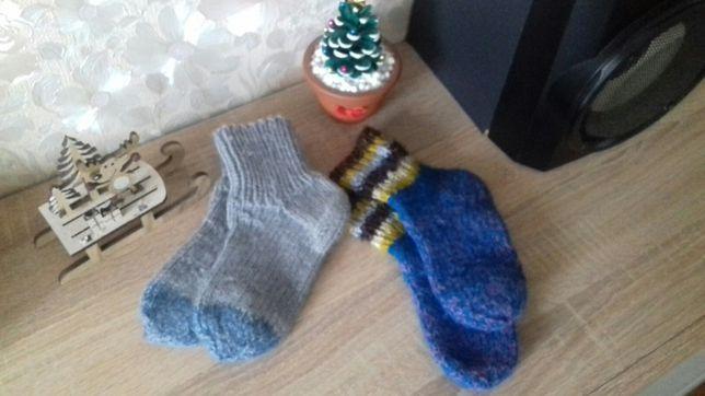 Вязаные теплые носочки
