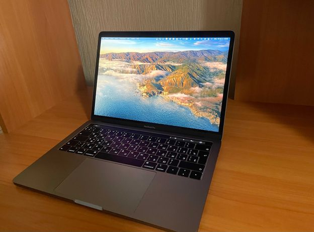 MacBook Pro 13 2019/i5 2,4 GHz/16 Gb/256 Gb