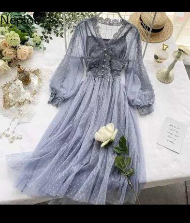 Красивое  платье размер 42-44 . Новое.