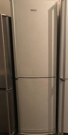 Холодильник Electrolux ERB39251W в хорошому стані!