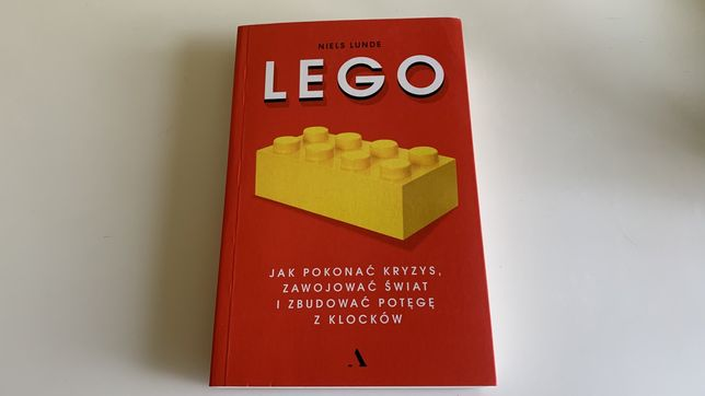 """Niels Lunde """"Lego. Jak pokonać kryzys..."""""""