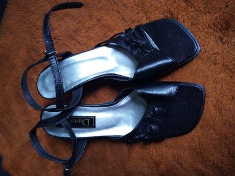Wyprzedaż 70% obniżka-buty letnie damskie czarne - rozm.36