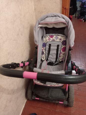 Продаю детскую коляску для девочки