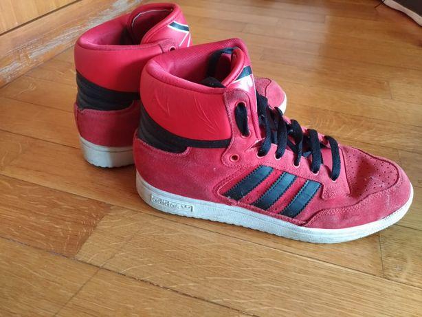 Botas/sapatilhas Adidas quase sem uso