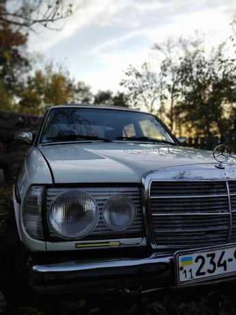 Продам Mercedes-Benz W123