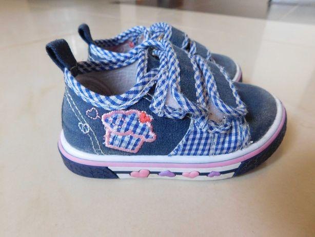 Buty, buciki na dziewczynkę roz. 20