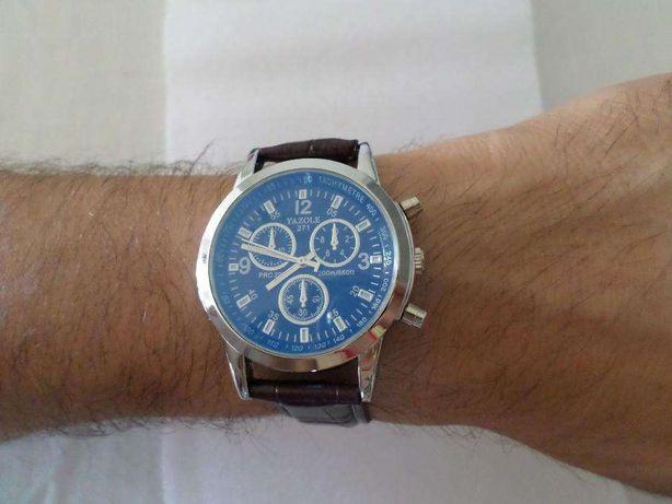 Relógio Homem Cor Castanho (NOVO)