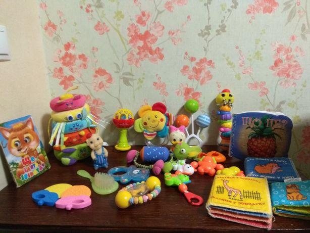 Лот погремушек/ игрушки