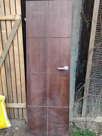 Drzwi drewniane  używane z ościeżnicą w komplecie