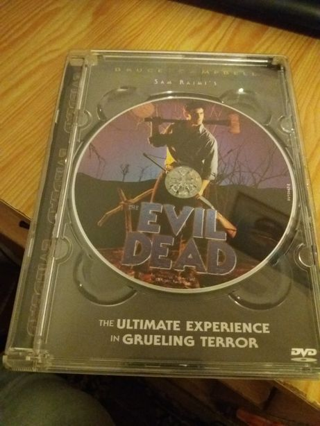 Evil dead DVD sem legendas