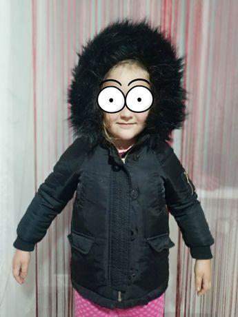 Куртка зимняя Zara, на пуху, теплая, детская на 110см 5 ть лет