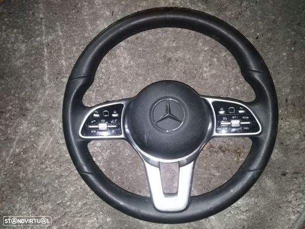 Volante Mercedes C220 W205