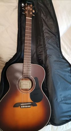 Guitarra acustica Alvarez RD26S-AGP