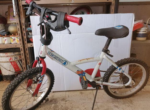 Bicicleta de criança (ver fotos) (roda 16)