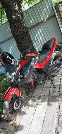 Продам мотоцикл состояние нового.