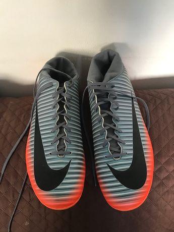 Chuteiras Nike CR7 - Mercurial Novas