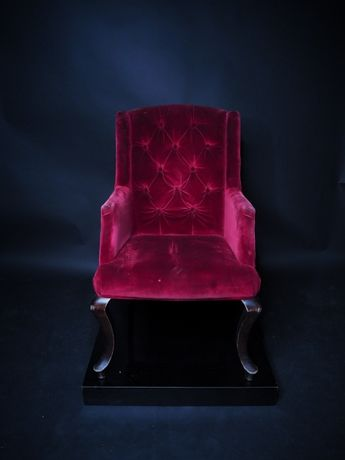 Fotel krzesło uszak tapicerowany pikowany OKAZJA! Zostalo tylko 18szt.