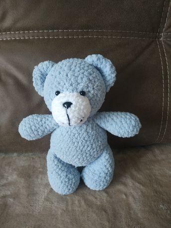 Ведмедик із плюшевої пряжі, ведмідь, ручна робота, плюшевая пряжа