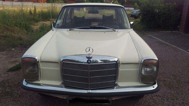 Mercedes Benz 115D