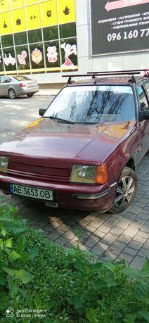 Автомобиль Славута 2000 г
