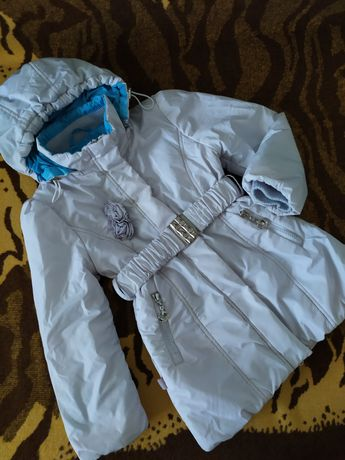 Демисезонная курточка, плащ на деаочку 110 р