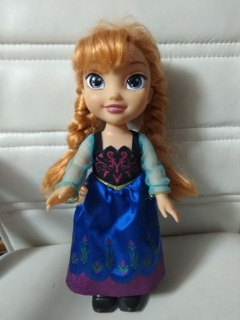 Lalka Anna z bajki Disneya