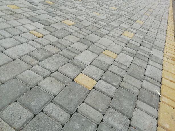 Укладка тротуарної плитки Савинці