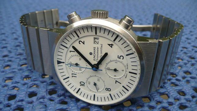 JUNGHANS chronograph valjoux